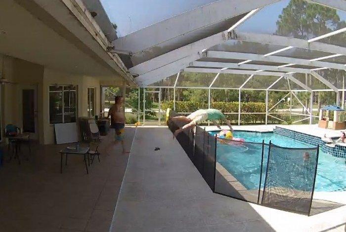 Pai pula cerca de 1,2 m para salvar filho de afogamento na piscina – Confira vídeo